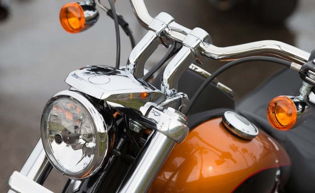 030914-2014-harley-davidson-low-rider-static-48691