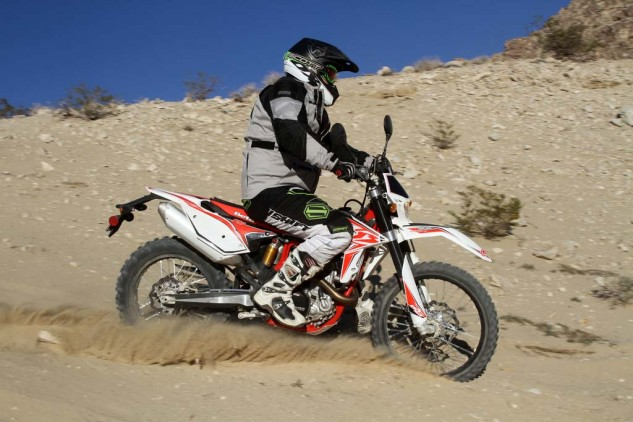 While the Beta 520 RS chassis is stable in hardpack, its steering is less precise in deep sand and gives away the Beta's 10.7-lb. weight disadvantage to the KTM 500 EXC with a full fuel load—and the KTM holds 0.3-gallon more fuel.