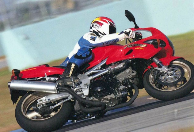 Suzuki TL1000S intro, Homestead-Miami Speedway, a really nice warm place. (photo credit, Tom Riles)