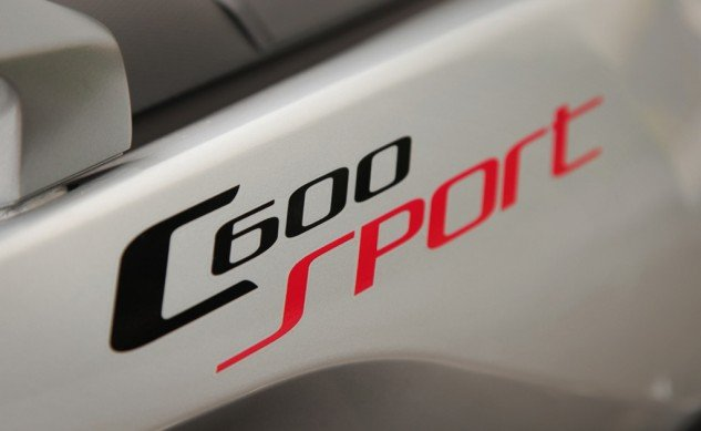 2014-BMW-C600-Sport-Badge
