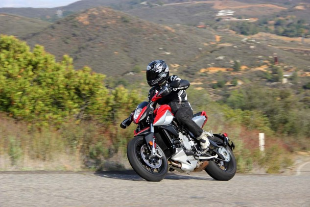 2014 MV Agusta Rivale 800 action left