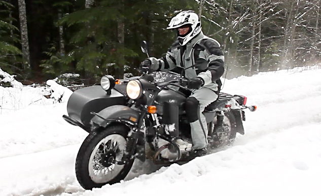 2014 Ural Gear-Up Action Snow