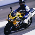 1998 Honda CBR900RR Yellow action 5