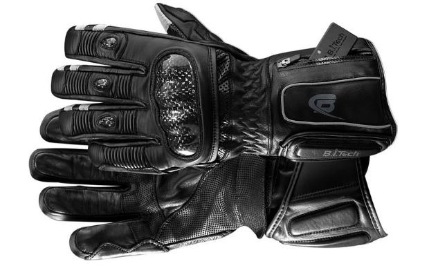 BearTek Bluetooth Gloves Feature