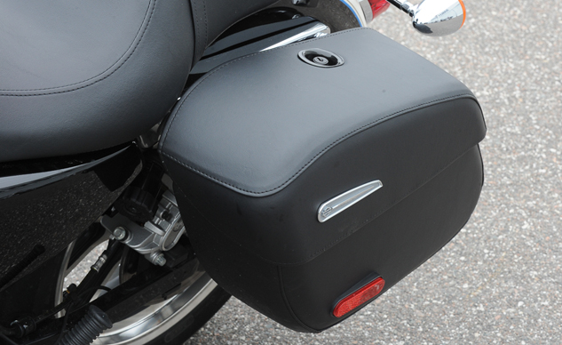Superlow 1200T saddlebag