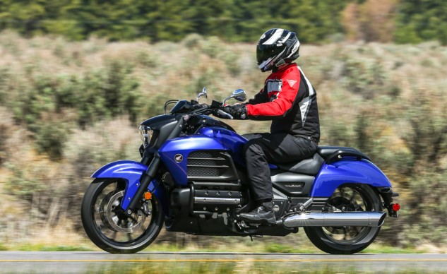 The Blue Metallic Valkyrie receives an additional blackout treatment to the engine's valve covers, the fork sliders, headlight nacelle and grab rails. Honda probably should have gone the extra step and included the mirrors in that list.