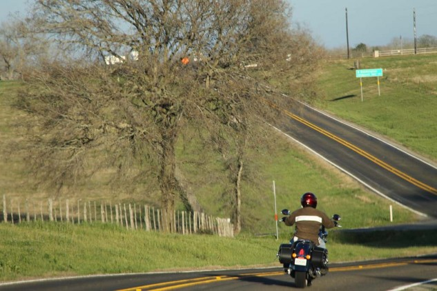 042214-2014-indian-chief-classic-winding-road