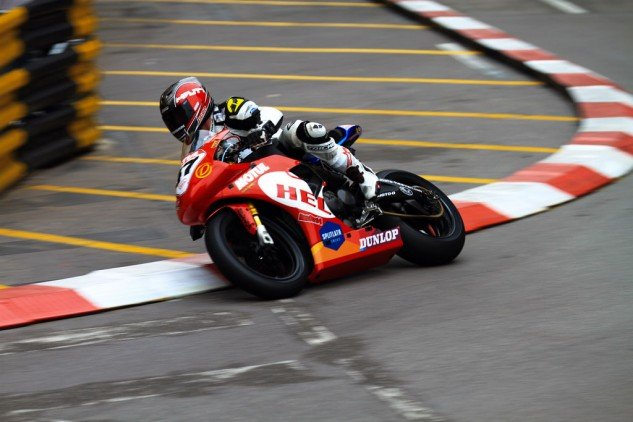 Cretu raced an EBR 1190RS at Macau last year for UK team Splitlath Redmond – and got a top-20 finish.