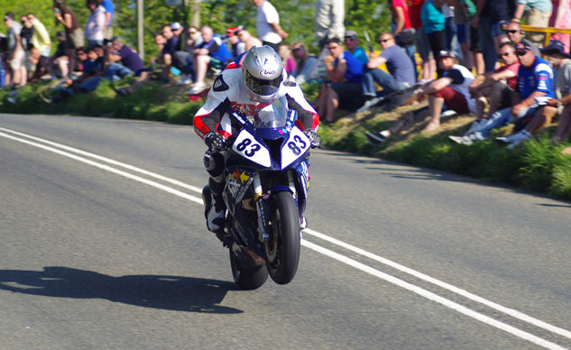042914-isle-of-man-tt-Photo-Tom-Reed-f