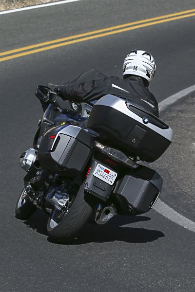 2014_BMW_R1200RT_Rear