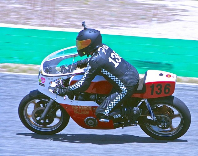 Brian Filo rode his '86 Yamaha to third in Next Generation Superbike.