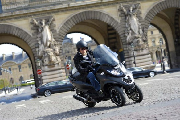 051614-2014-Piaggio_MP3_500_Tor_Paris (1)