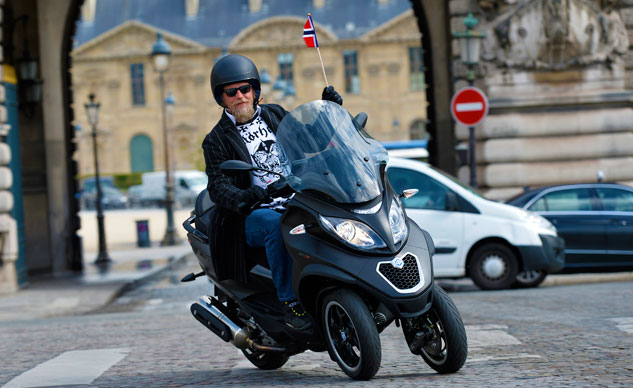 051614-2014-Piaggio_MP3_500_Tor_Paris-f