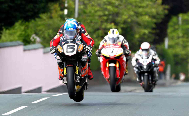 2010-isle-of-man-tt-pics-wallpaper-1-e1369015461684