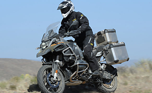 060314-klim-overland-2014_BMW_R1200GSA_Action