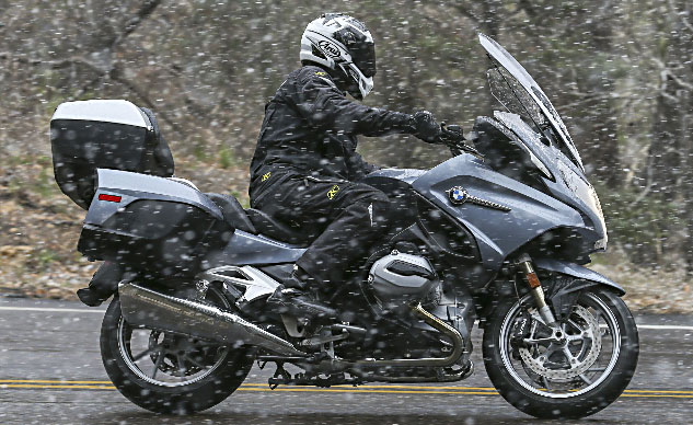 060314-klim-overland-2014_BMW_R1200RT_Snow