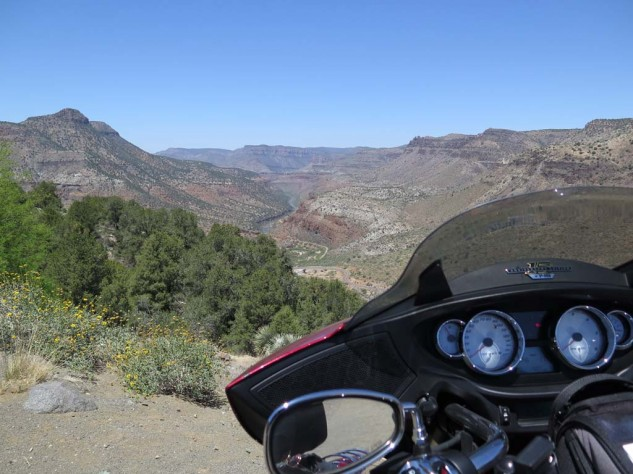 It's not quite so Grand, but the Salt River Canyon on Arizona 60 is way less crowded.