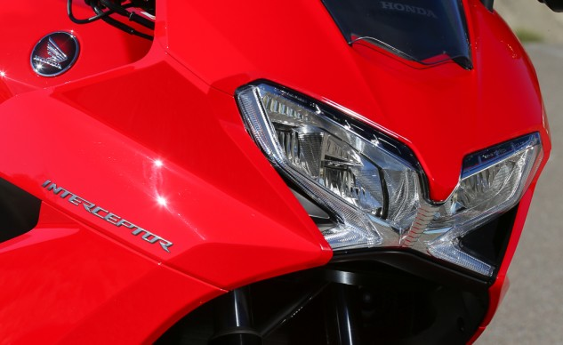 The LED headlight is scorchingly bright with an attention-getting blue color. The X-shape of the housing is distinctive.