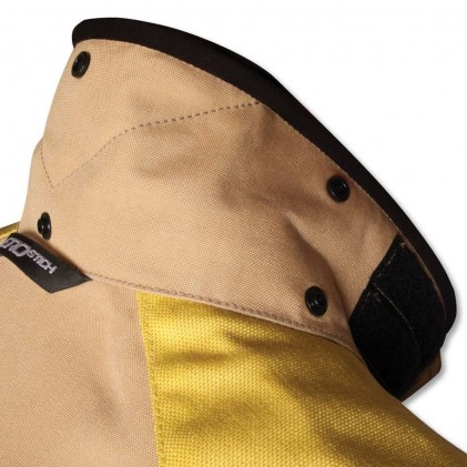 A collar that snaps down is one new detail on the R-3. Soft fleece liner is comfy as ever.