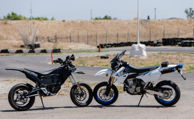 The Suzuki DR-Z400SM is an out-of-the-box supermoto while the Zero FX began life as a dual-purpose bike with 21-inch front and 18-inch rear wheels and a miniscule front brake. Both come outfitted with all the requisite streetable legalities.