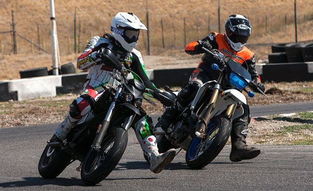 061714-gas-electric-supermoto-shootout-f