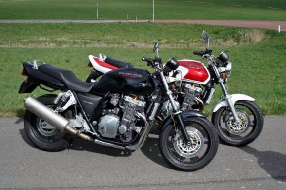 061814-observations-honda-CB1000-pair