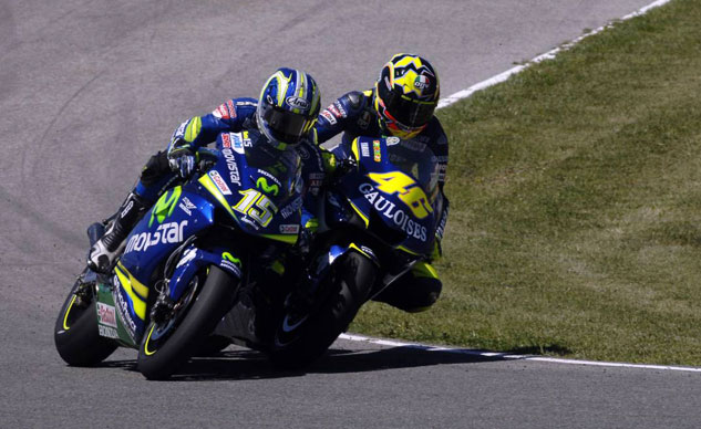 061914-top-10-thankful-fathers-day-06-rossi_gibernau_jerez_100405