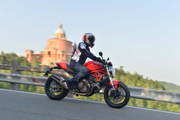 063014-2015-ducati-monster-821-AC1_8694