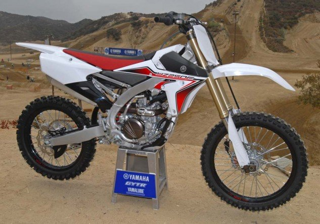 Yamaha is the only manufacturer to offer its motocross models in two color choices. The 2015's optional white/red/black version features more subdued graphics in a color scheme that harkens back to Yamaha's old European factory racing colors.