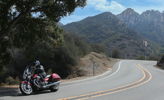 072114-2015-Moto-Guzzi-California-1400-Touring-Action-1733