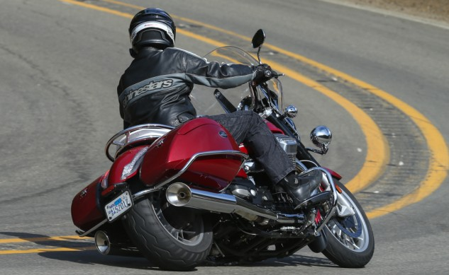 072114-2015-Moto-Guzzi-California-1400-Touring-Action-2566