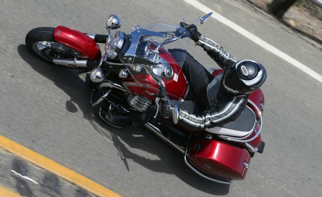 072114-2015-Moto-Guzzi-California-1400-Touring-Action-3210