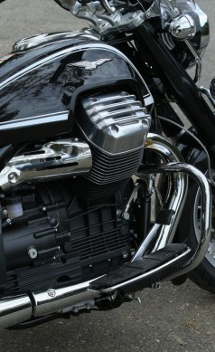 072114-2015-Moto-Guzzi-California-1400-Touring-Engine-9958
