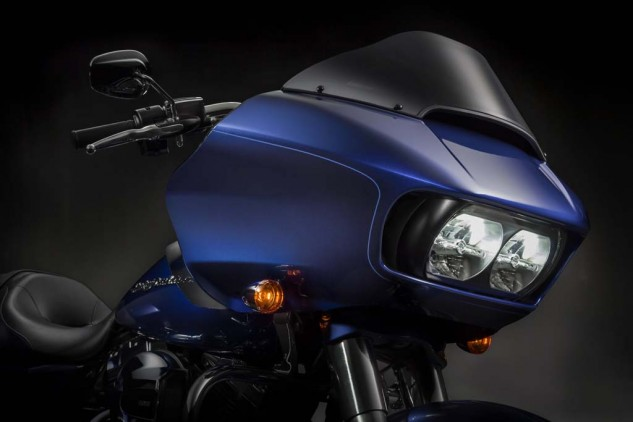 The new Road Glide retains the classic shark-nose shape, but its twin headlights are now LED units behind a single Plexiglas front cover, with air intakes on either side.