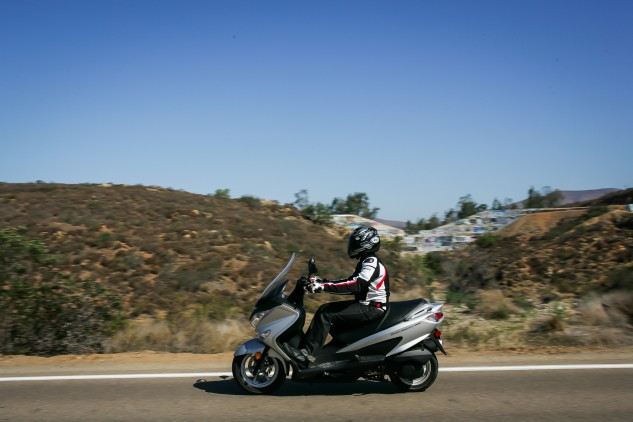 Got an errand to run on the other side of town but don't want to take the car? A mid-displacement scooter like the Suzuki Burgman 200 ABS is a great alternative.