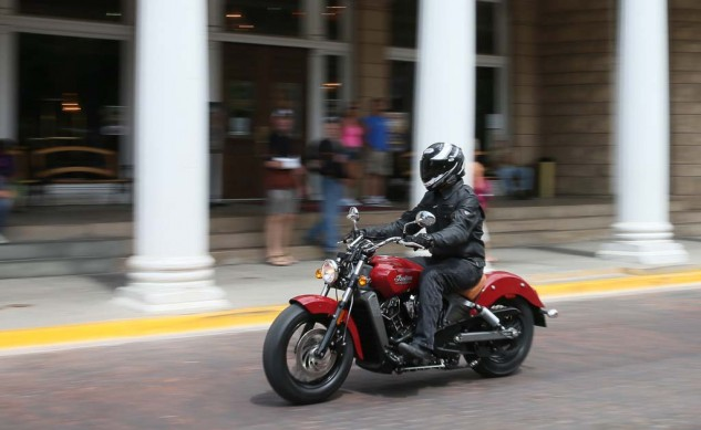 080514-2015-indian-scout-BJN59778