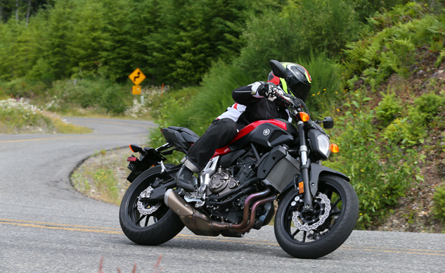 080914-mobo-best-standard-honorable-mention-2014-yamaha-fz-07