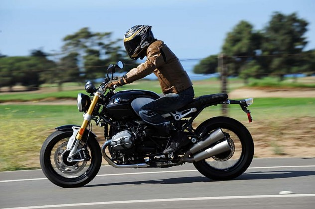 080914-mobo-best-standard-winner-2014-bmw-r-ninet