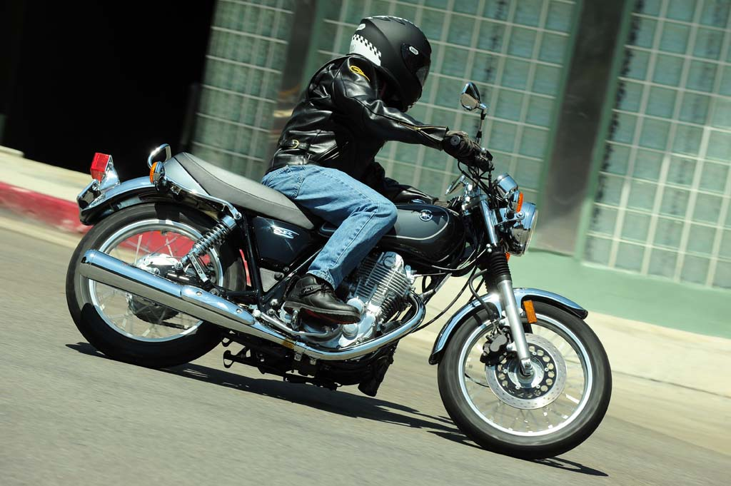 2015 yamaha sr400 first ride review for 2015 yamaha motorcycles