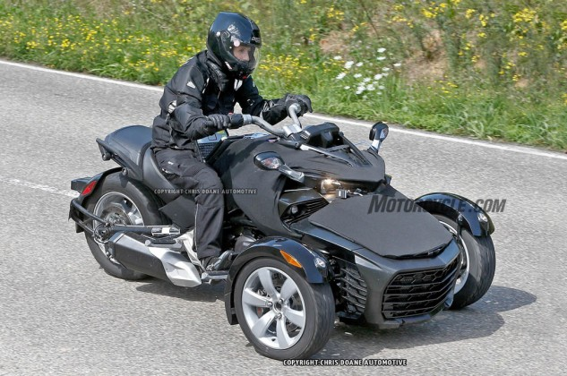 081414-2015-can-am-spyder-second-generation-spy-04