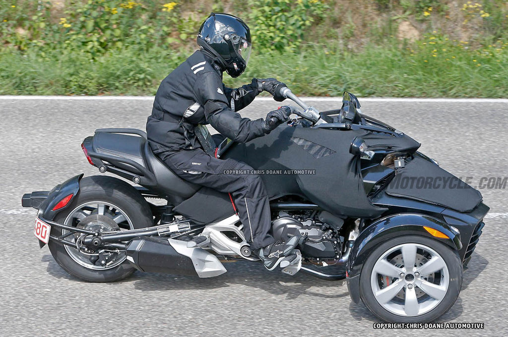 2015 Can Am Spyder Roadster Spied