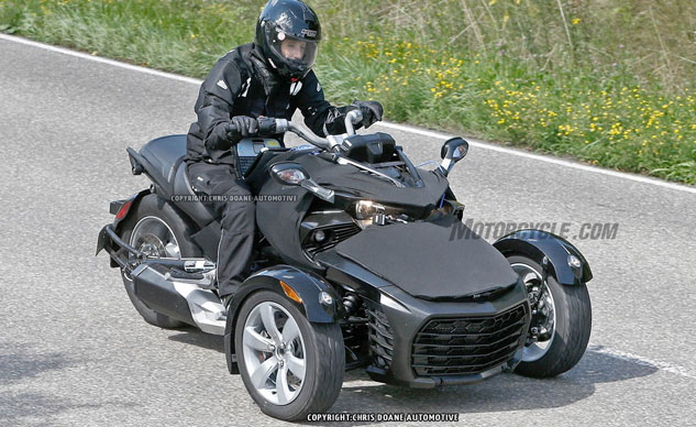 081414-2015-can-am-spyder-second-generation-spy-f