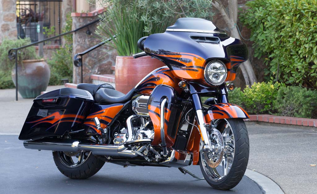 2015 harley davidson cvo street glide review. Black Bedroom Furniture Sets. Home Design Ideas