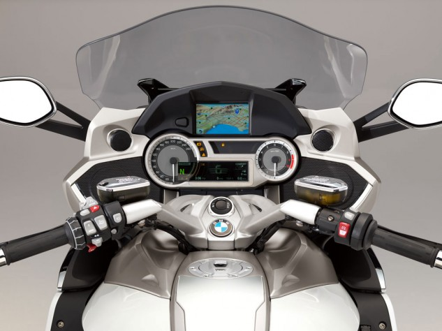 best-technology-winner-2014-BMW-K1600GTL-exclusive