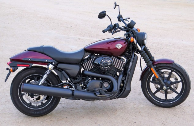 092414-harley-davidson-street-750-screamin-eagle-pipe-beauty