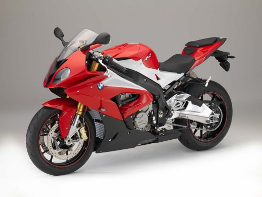 093014-2015-bmw-s1000rr-P90162324_highRes