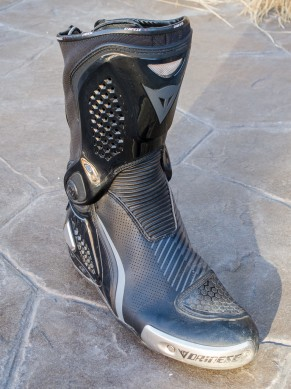 Dainese Torque RS Out front