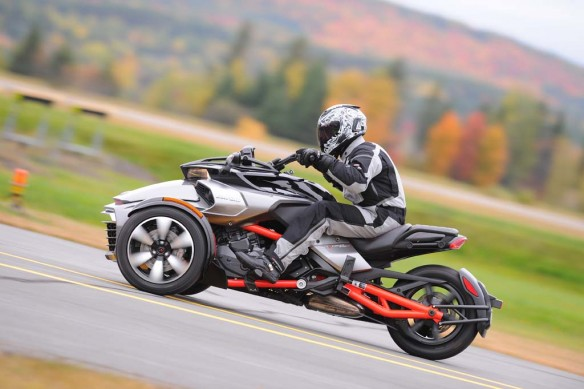 100214-2015-can-am-spyder-f3-TR1_7226