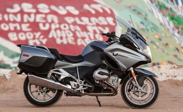 Vaya con Dios. The new wet clutch up front means you don't have to split the bike in two for service.