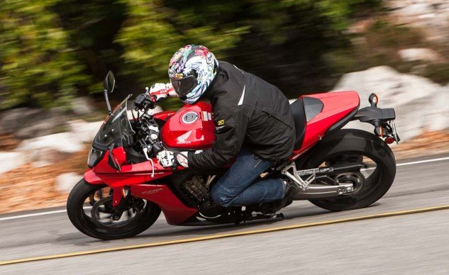 The most sporty riding position of the three, the CBR650F offers great front end feel. Its agility is hampered slightly by its 180/55-17 Dunlop (all three wear 120/70-17 fronts).